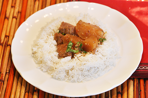 Shaljam Gosht with White Rice