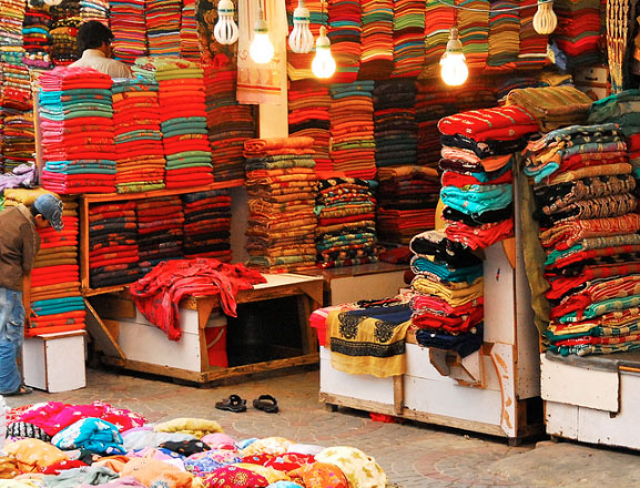The lethal shopping experience of Lahore. (Photo: Yasmin)